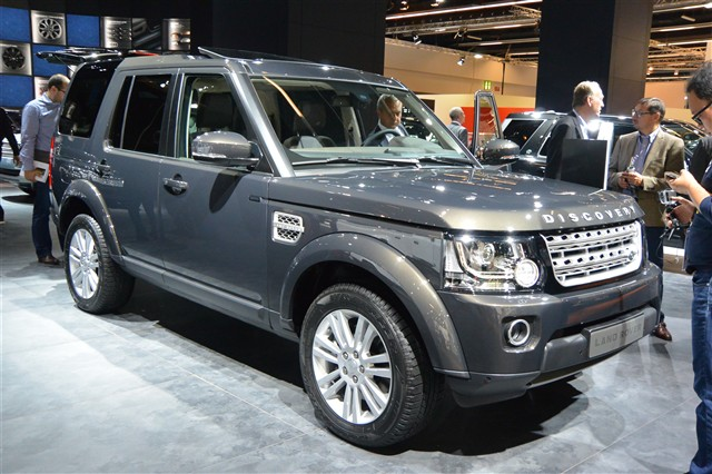 Land rover discovery iv for Auto interieur vernieuwen