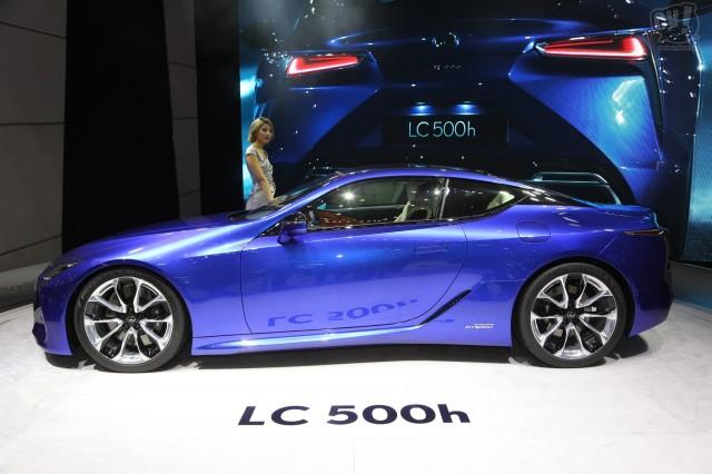レクサス LC500h