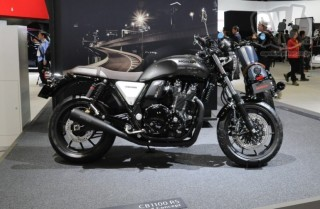 ホンダ CB1100 RS Customized Concept 擬似3D