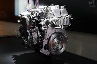 マツダ 次世代ガソリンエンジン SKYACTIV-X
