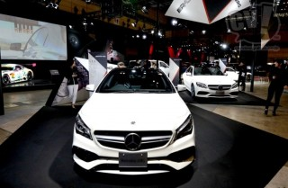 メルセデス・ベンツ Mercedes-AMG CLA 45 4MATIC 擬似3D