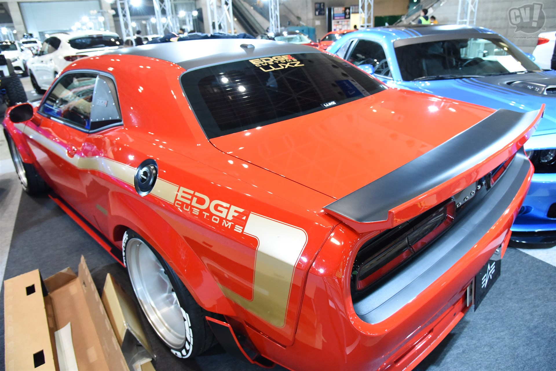 EDGE CUSTOMS DODGE CHALLENGER RTシェイカー