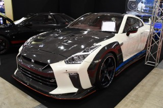 RE WING 日産 GT-R