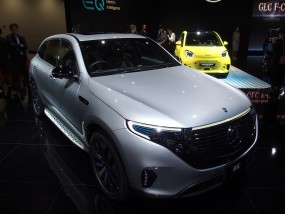 メルセデス・ベンツ初の量産EV「EQC」