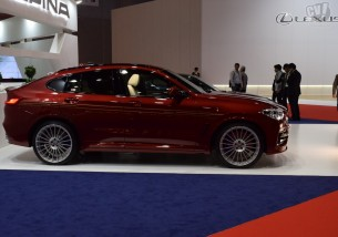 BMWアルピナ XD4 Allrad 擬似3D