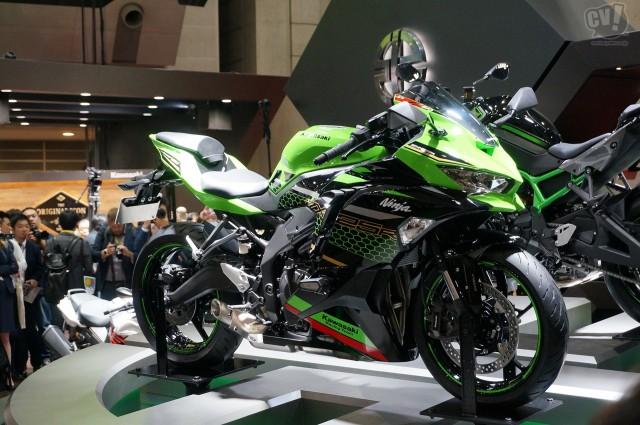 250cc4気筒、マルチクォーターの時代再び!?  カワサキ Ninja ZX25-R発表