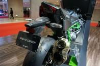 インタークーラー不要? スーパーチャージャー搭載のカワサキ Ninja H2 CARBON