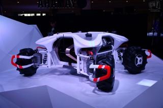 これは一体何? ヤマハがAI搭載の自律型4輪ビークルを発表
