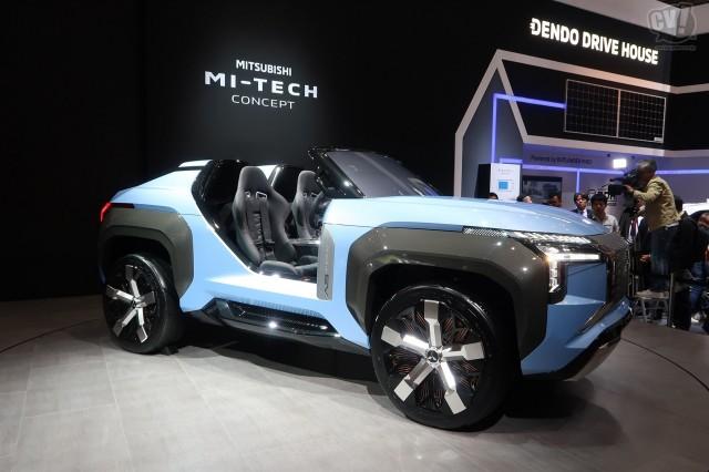 三菱、バギータイプの電動SUVをワールドプレミア。発電には小型ガスタービンを使用