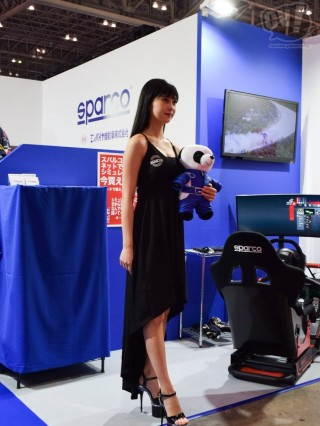 SPARCO 江口真由さん(擬似3D)