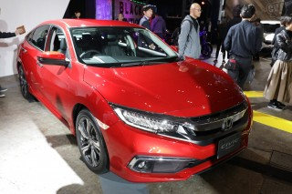 Honda シビック セダン